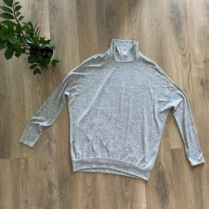 Wilfred Free Grey Thin-Knit Mock-Neck Sweater